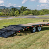 24′ Deckover Trailer w/ Ramps